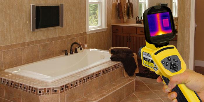 Cámara termográfica en un cuarto de baño