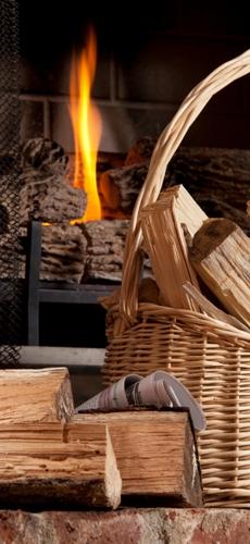 Una tranquila y acogedora velada delante de su chimenea