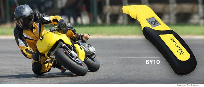 en moto, la sécurité passe par la bonne pression des pneus