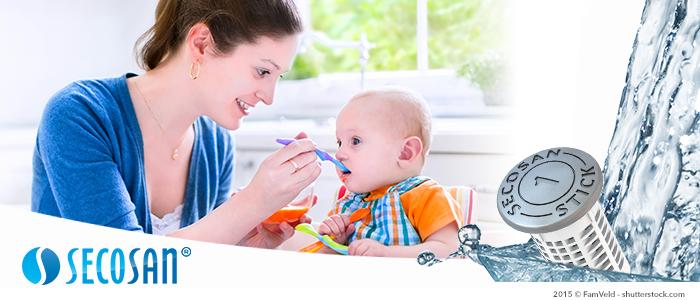 l'eau utilisée pour l'alimentation de bébé reste propre et sans microbes grâce au secosan