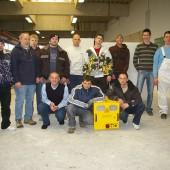 In Nidda nutzte man den Besuch von Michael Resch gleich für eine Unterrichtsstunde in technischer Trocknung und Messtechnik. Michael Resch und Bernhard Eckert mit den Auszubildenden des 2. Ausbildungsjahres.