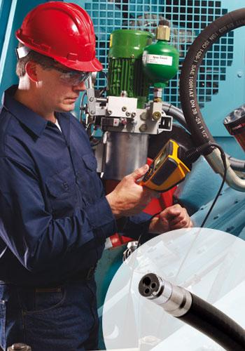 Handwerker mit Endoskop bzw. Videoskop