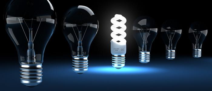 Energiesparlampen und Glühbirnen